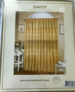 SAVOY/ WHITE LACE CURTAINS/ Original Design/ 4 Packages/ Each 35$