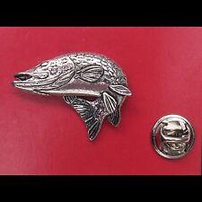 PIKE English PewterTurning Pike Fish Pin Badge Tie Pin / Lapel Badge - XTSPBF39