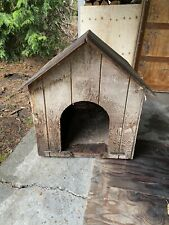 New listing large insulated outdoor dog house (I Can't Ship This Item Due To Size)