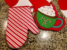 S/2 Peppermint Candy Pot Holder Hot Cocoa Mitten CHRISTMAS  Kitchen Home Decor