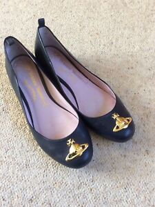 vivienne westwood shoes size 3. Leather.