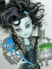Muñeca Monster High-Ghouls Rule Frankie Stein Muñeca
