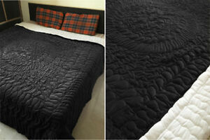 Fascination - Handmade Abstract Mandala Art - Cosy-100% Cotton Velvet Boho Quilt