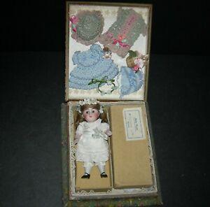 """""""BABY ROSE"""" - ALL BISQUE #208 KESTNER - PRESENTATION -ORIGINAL BOX & CHEST LABEL"""