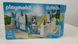 Playmobil Family Fun Penguin Enclosure Zoo Playset Boxed 9062 Ages 4-10 S150