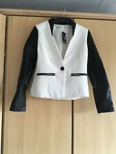 K cellules black & white jacket size Medium New with tags