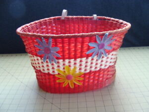 VINTAGE BIKE FRONT RED AND WHITE FLOWER PLASTIC BASKET