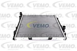 Engine Cooling Radiator 590x598x24 mm Fits BMW X5 E53 2000-2006