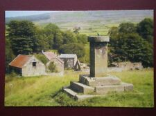 POSTCARD YORKSHIRE BARNSDALE - THE SUNDIAL