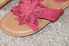 Clarks Raspberry Suede ladies sandals/flip flops size 5/38 D New