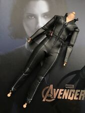 Hot toys MMS178 The Avengers 1/6 Black Widow Body W/ Uniform
