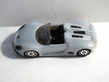 Jouet KINDER Série Porshe TR041 : 918 Spyder (gris) 2012-2013