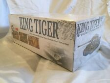 Dragon Armor 1/35 German KING TIGER Henschel w/Zimmerit 61011