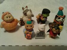 Hallmark Merry Miniatures Lot Of 7 Halloween Have Gold Stickers New (Sale)