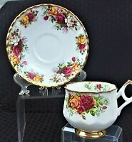 VINTAGE COLLECTIBLE ROYAL DOVER FLORAL FOOTED TEACUP & SAUCER MADE IN ENGLAND