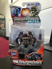 Takara Tomy Transformers United Un-05 Deluxe Class Soundwave Cybertron Mode