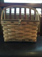 Longaberger vintage cake pie Picnic Basket leather hinged lid collectible