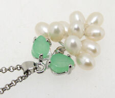 Natural White Grape Cultured Pearl Green Jade Pendant/Necklace