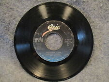 """45 RPM 7"""" Record Michael Jackson Beat It & Get On The Floor Epic 34-03759"""