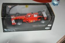 Michael Schumacher 2001 F1 Ferrari  Hot Wheels 1:18 neu
