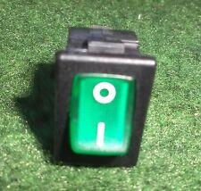 Verde Illuminato Rocker Interruttore ON / OFF 10A 12V SPST