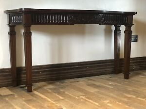Beautiful Heavy High Quality Solid Mahogany Georgian console Hall Console table