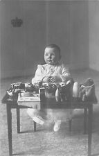 POSTCARD    ROYALTY   NETHERLANDS   Juliana  as  a  baby