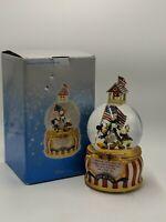 Vintage Disney Mickey's Yankee Doodle Dandy Musical Snow Globe July 4th 1776
