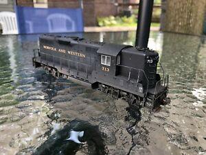 LifeLike/Proto 2000 HO Norfolk & Western GP9 Diesel Locomotive Used DCC