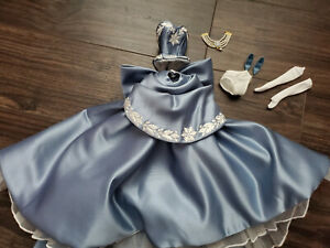 BARBIE DOLL - BLUE 2-PIECE GOWN & NECKLACE - 'WEDGEWOOD BLUE' - BREATHTAKING