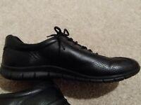 Ladies Ecco Shoes Size 5