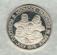 PARTNERS IN SPACE 1975 SILVER MEDAL IN NEAR MINT CONDITION