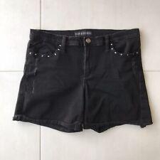 Rock /& Republic Jean Shorts Bumper Short Accent Metal Star Studs Back Pockets