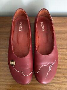 CAMPER Shoes. Size 39