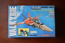 NOS ARII 1/100 VALKYRIE VF-1D Fighter Macross Plastic Model kit Vintage