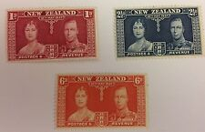 New Zealand Sg 573/75 Mint Cat £19,75