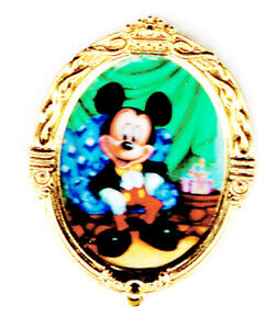 2000 DISNEYLAND MICKEY JANUARY CHARACTER OF THE MONTH PIN LIMITED EDITION 500