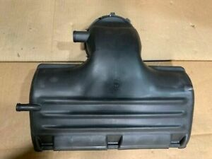 NOS 2001-2002 Dodge Ram Air Cleaner Cover 5018218AC