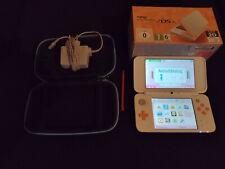 Nintendo 2DS XL mit Tasche *** Spielkonsole Handheld Weiß / Orange 3DS