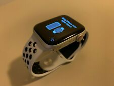 Apple Watch Series 5 Nike 44mm GPS + Cellular Silver case with Nike Sport Band