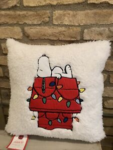 Pottery Barn Kids Holiday Snoopy Decorative Pillow Christmas Peanuts New