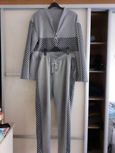 2 Piece Leisure suit Size 2XL 18/20