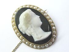 18Kt Vintage Victorian Natural Pearl Agate Cameo Victorian Brooch