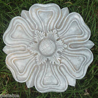 Medallion stepping stone mold plastic concrete plaster casting mould
