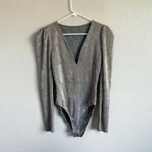 ASTR The Label Ivy Silver Plunging V Neck Long Sleeve Bodysuit  Size S Women's