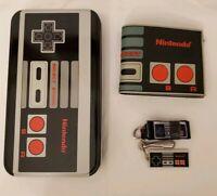 Official Nintendo NES CONTROLLER WALLET - Keychain, Lanyard, Aluminum Case NEW