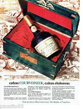 PUBLICITE ADVERTISING 026  1965  Courvoisier cognac en coffret  garde impériale
