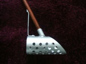 Sand scoop for metal detecting on beach