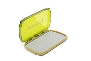 UMPQUA UPG LT MINI FLY BOX IN OLIVE - WITH 3D TPE INSERT & MAGNETIC CLOSURE
