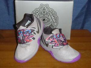 Nike Kyrie 5 Toddler's Shoes Sz.8 K US Grey NIB
